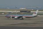 chalk2さんが、羽田空港で撮影したアメリカン航空 777-223/ERの航空フォト(写真)