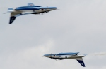 アグレッサーさんが、小松空港で撮影した航空自衛隊 T-4の航空フォト(飛行機 写真・画像)