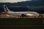 maruさんが、チューリッヒ空港で撮影したJAT航空 737-3H9の航空フォト(写真)