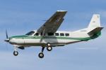 Scotchさんが、名古屋飛行場で撮影した共立航空撮影 208A Caravan 675の航空フォト(飛行機 写真・画像)