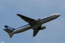 妄想竹さんが、成田国際空港で撮影した全日空 767-381/ERの航空フォト(飛行機 写真・画像)