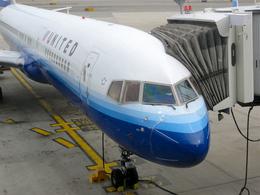 Y-Kenzoさんが、ジョン・F・ケネディ国際空港で撮影したユナイテッド航空 757-222の航空フォト(飛行機 写真・画像)