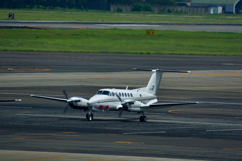 T.Sazenさんの中日本航空 Beechcraft 200 Super King Air (JA8705) 航空フォト