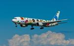 カヤノユウイチさんが、米子空港で撮影した全日空 767-381の航空フォト(写真)