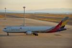 たにへいさんが、中部国際空港で撮影したアシアナ航空 767-38Eの航空フォト(飛行機 写真・画像)