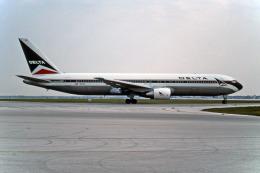 Gambardierさんが、オーランド国際空港で撮影したデルタ航空 767-332の航空フォト(写真)