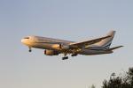 LAX Spotterさんが、ロサンゼルス国際空港で撮影したMLWアビエーション 767-277の航空フォト(写真)
