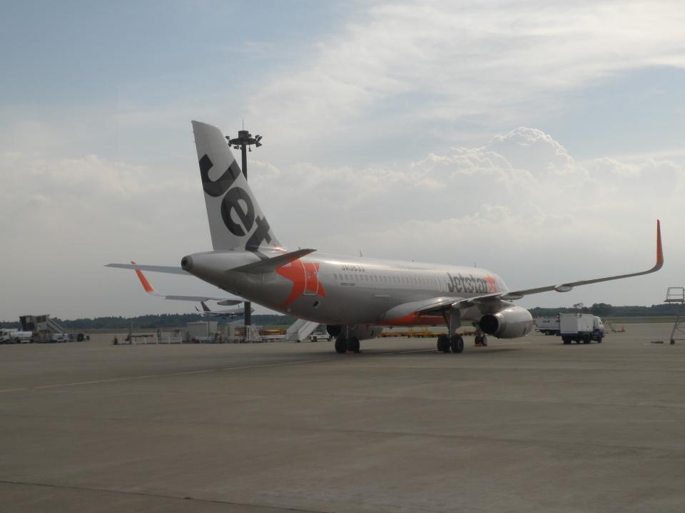 yumingさんのジェットスター・ジャパン Airbus A320 (JA08JJ) 航空フォト