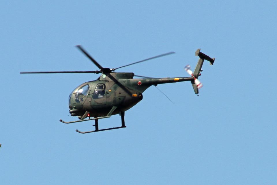 りんたろうさんの陸上自衛隊 Kawasaki OH-6D (31306) 航空フォト