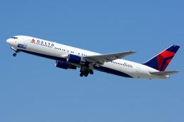 Tomo-Papaさんが、ロサンゼルス国際空港で撮影したデルタ航空 767-332の航空フォト(写真)