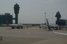 ashrafさんが、香港国際空港で撮影したキングフィッシャー航空 A330-223の航空フォト(飛行機 写真・画像)
