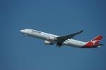 m-takagiさんが、シドニー国際空港で撮影したカンタス航空 A330-303の航空フォト(飛行機 写真・画像)
