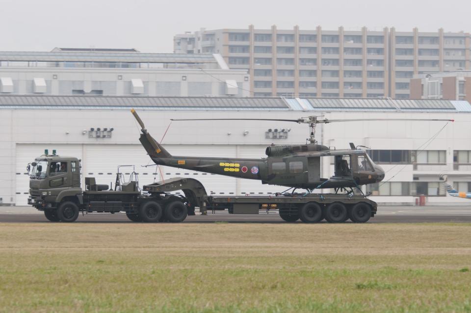 eagletさんの陸上自衛隊 Fuji UH-1H (41714) 航空フォト