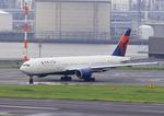 ふじいあきらさんが、羽田空港で撮影したデルタ航空 777-232/ERの航空フォト(写真)
