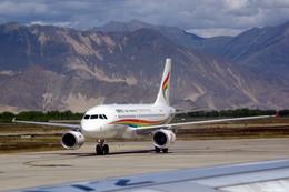 apphgさんが、ラサ・クンガ空港で撮影したチベット航空 A319-115の航空フォト(飛行機 写真・画像)