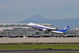 aMigOさんが、羽田空港で撮影した全日空 767-381/ERの航空フォト(飛行機 写真・画像)