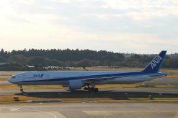 kikiさんが、成田国際空港で撮影した全日空 777-381/ERの航空フォト(写真)