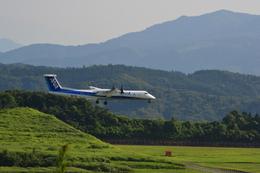 ANAウイングス Bombardier DHC-8-400 (JA844A)  航空フォト | by えっちゃんさん  撮影2011年08月14日%s
