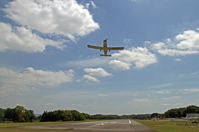 りんたろうさんが、阿見飛行場で撮影した日本個人所有 TB-10 Tobagoの航空フォト(飛行機 写真・画像)