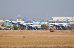 TAGUさんが、浜松基地で撮影した航空自衛隊 T-4の航空フォト(飛行機 写真・画像)