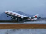 ふじいあきらさんが、広島空港で撮影した航空自衛隊 747-47Cの航空フォト(飛行機 写真・画像)
