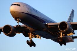 RINA-281さんが、小松空港で撮影した全日空 777-281の航空フォト(飛行機 写真・画像)