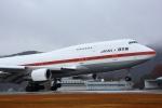 jinopekoさんが、広島空港で撮影した航空自衛隊 747-47Cの航空フォト(写真)