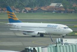 やまっちさんが、スカルノハッタ国際空港で撮影したメルパチ・ヌサンタラ航空 737-230/Advの航空フォト(飛行機 写真・画像)