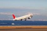 たにへいさんが、中部国際空港で撮影した日本航空 777-346/ERの航空フォト(飛行機 写真・画像)