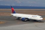 たにへいさんが、中部国際空港で撮影したデルタ航空 777-232/ERの航空フォト(飛行機 写真・画像)