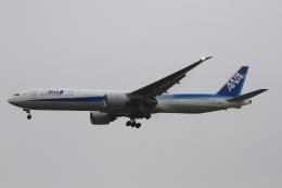 AkilaYさんが、シアトル タコマ国際空港で撮影した全日空 777-381/ERの航空フォト(飛行機 写真・画像)