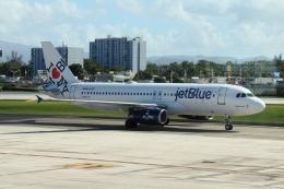 Hikobouzさんが、ルイス・ムニョス・マリン国際空港で撮影したジェットブルー A320-232の航空フォト(飛行機 写真・画像)
