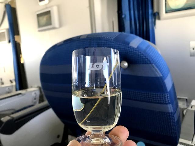 LO023の搭乗レビュー写真
